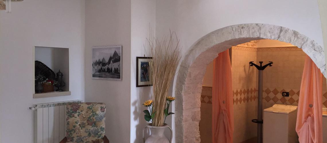 Sala interna e arco